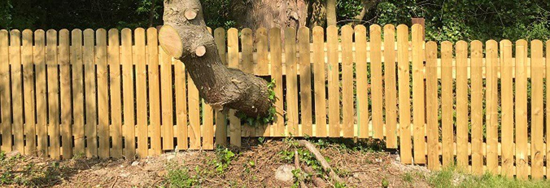 Arkfencing garden fencing kildare dublin surroundings for Garden decking kildare